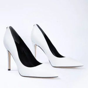 NWOB Guess White Pointed Faux-Leather Pumps 6M